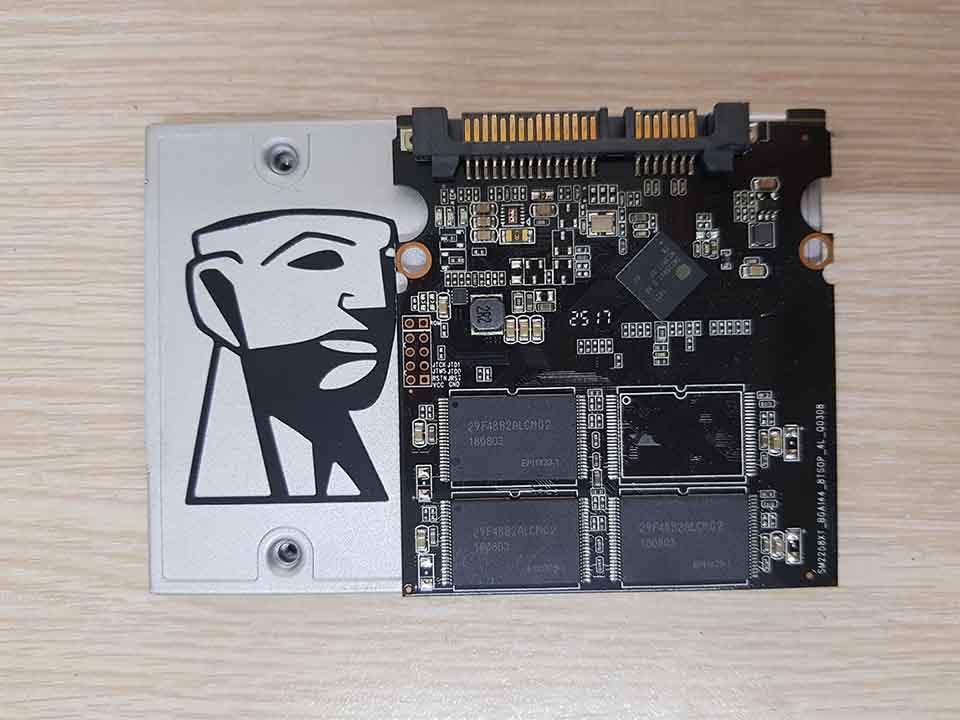 Cứu dữ liệu SSD Kingston